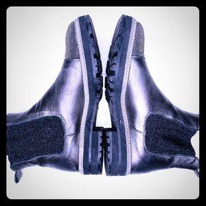 🤩Pertini smooth leather booties - metallic finish